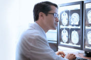 رادیولوژی یا علوم آزمایشگاهی ؟ بازار کدامیک بهتر است ؟
